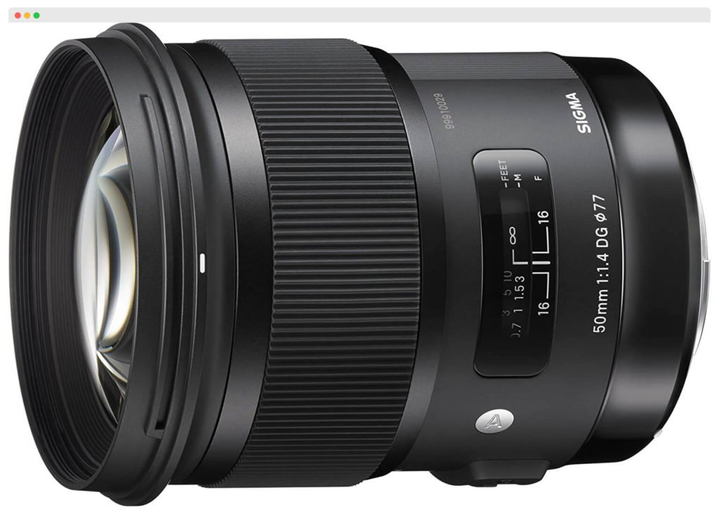 Sigma-50mm-F1.4-Best-Lens-For-Group-Portraits